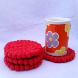 10cm Strawberry Felt Ball Tea Coasters