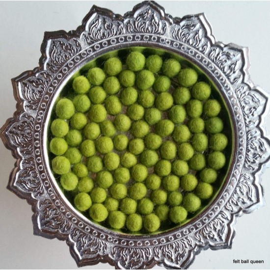 1cm Lime Colour Felt Balls