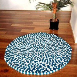 100cm White Emerald Felt Ball Rug