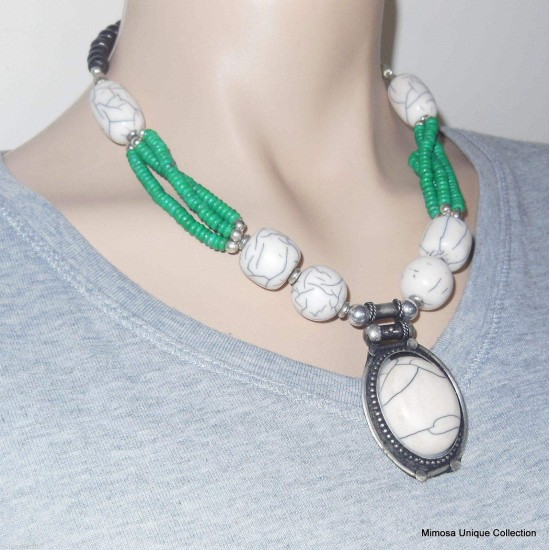 Conch Shell & Fine Green Beads Necklace