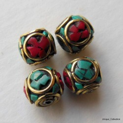 BD-127 Turquoise Coral Cube Beads